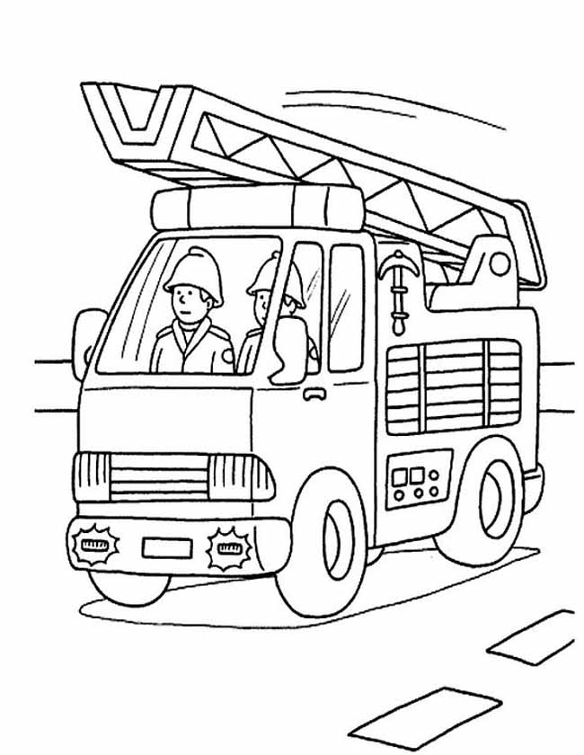 Gratis kleurplaat Deze ladderwagen is onderweg